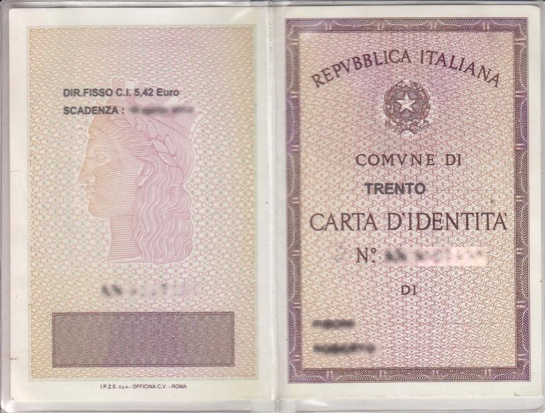 Parte externa da carta d'Identità